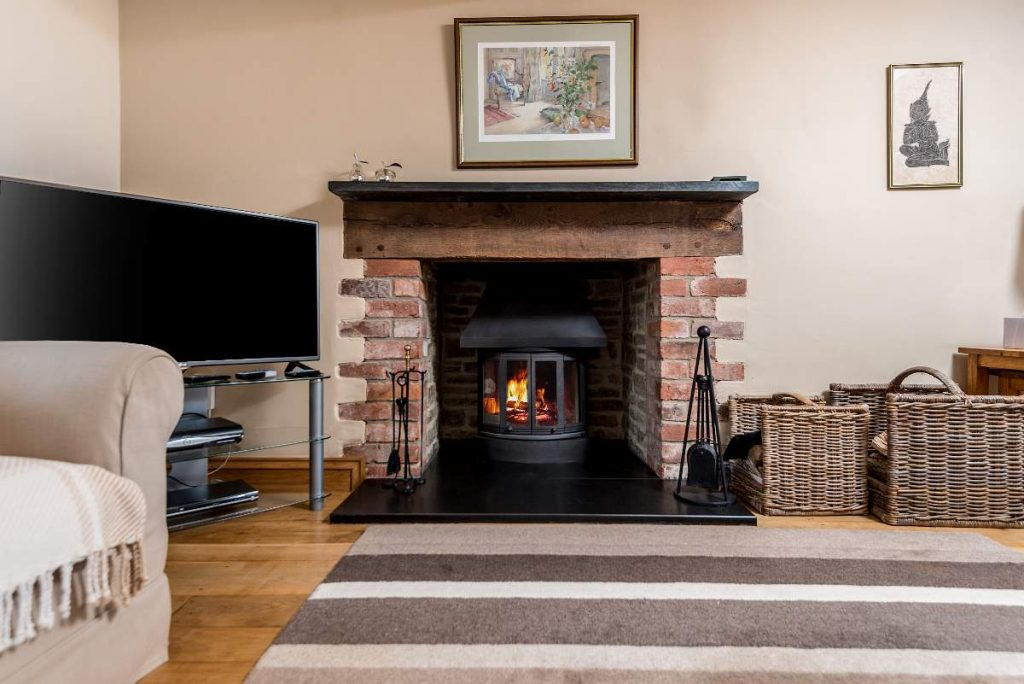 Log burner and open fire place