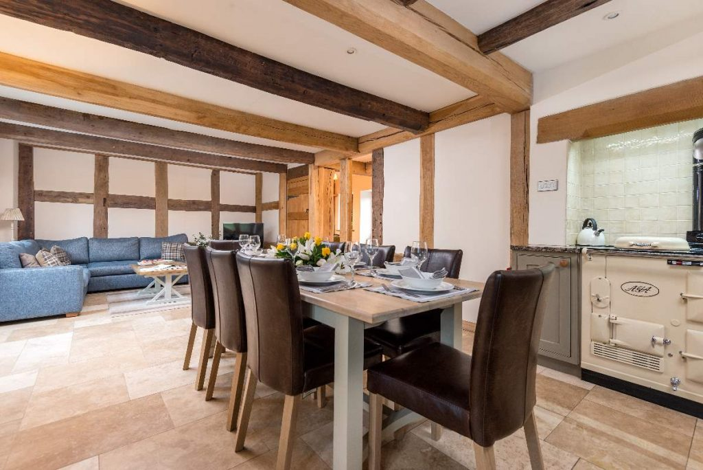 All in one large, open plan and beautifully finished room.