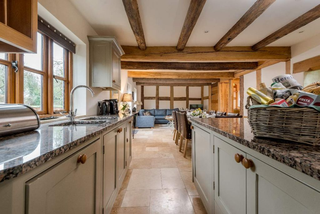 The perfect entertainment space and a local hamper to taste some of the produce that Herefordshire is famous for.